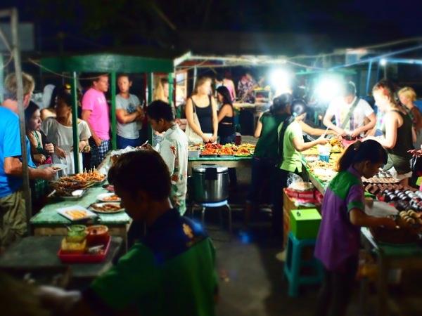 gili trawangan art market