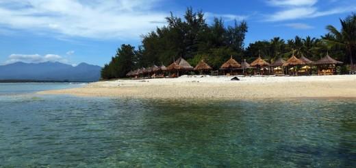 top-5-gili-air-bungalows-right-beach