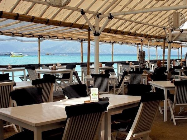 scallywags resort gili trawangan accommodation