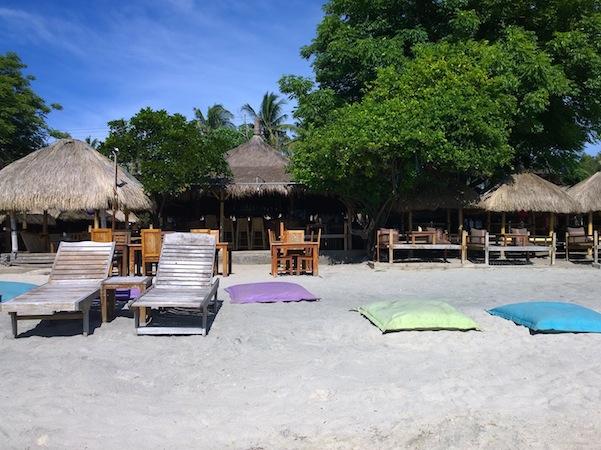 zipp bar bungalows gili air accommodation